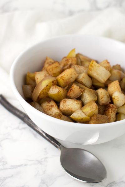 Cinnamon-Ginger Pears recipe from acleanplate.com #paleo #aip #glutenfree