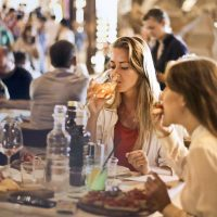 5 Ways to Keep Your Social Life on a Special Diet