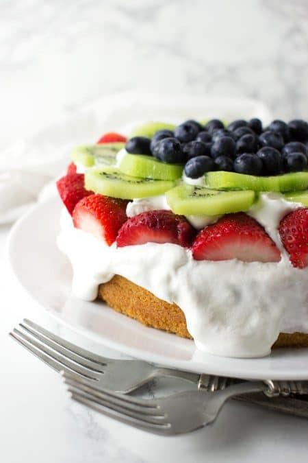 Paleo Vanilla Cake recipe from acleanplate.com #paleo #grainfree