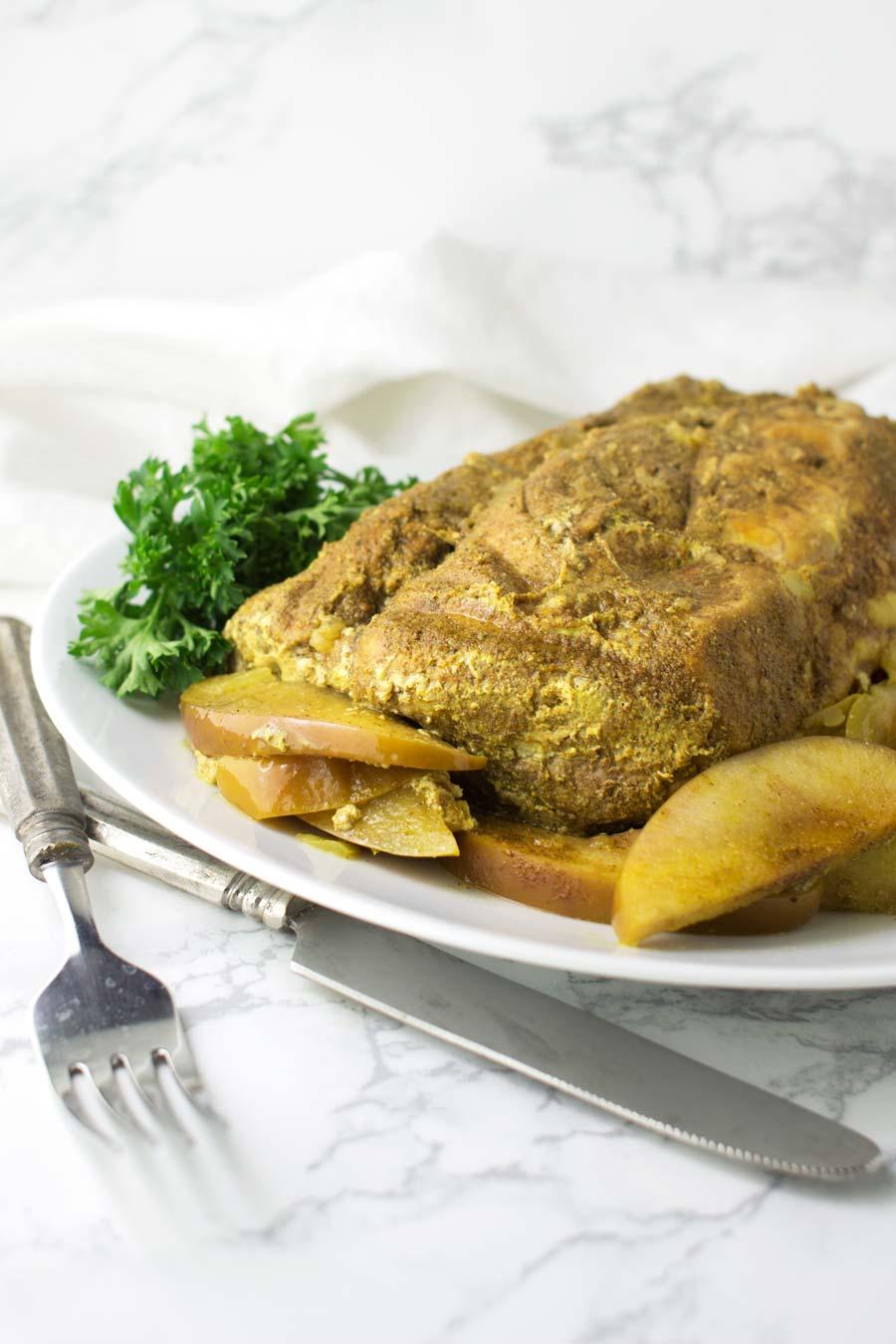 Cinnamon-Apple Pork Roast recipe from acleanplate.com #paleo #aip #glutenfree