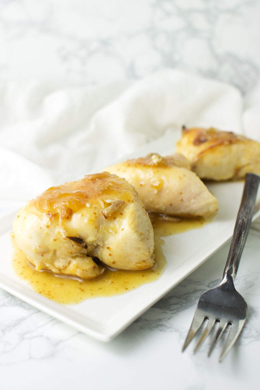 Fig-Glazed Chicken recipe from acleanplate.com #paleo #aip #glutenfree