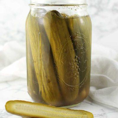 Homemade Garlic Dill Pickles